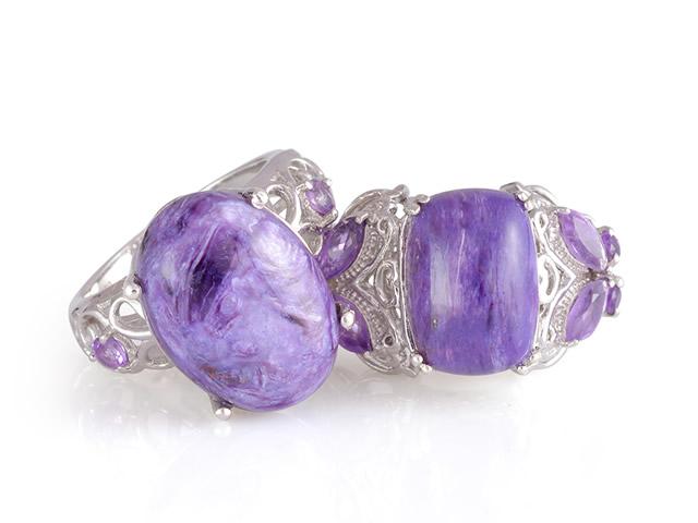 Кольца из серебра с поделочным камнем Чароитом