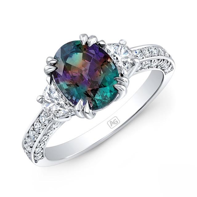 Серебряное кольцо с натуральным Александритом