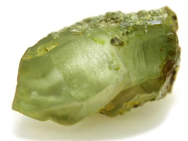 Берилл зеленого цвета