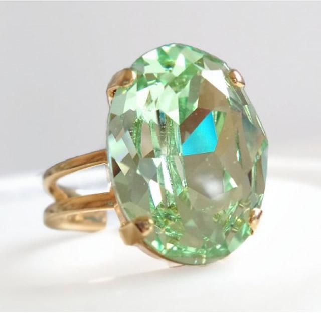 Золотое кольцо с оливином