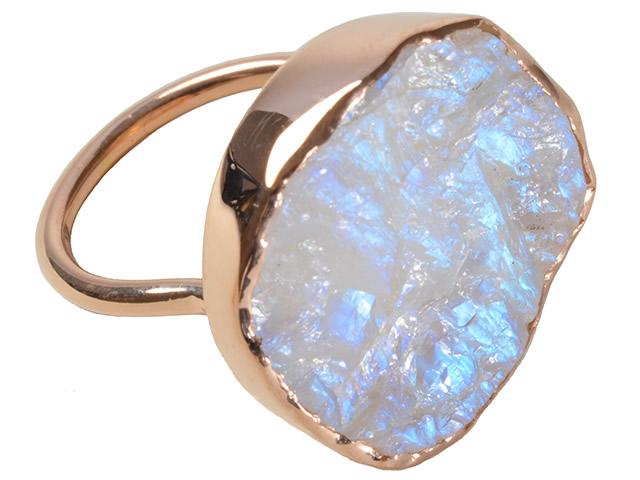 Золотое кольцо с натуральным крупным адуляром