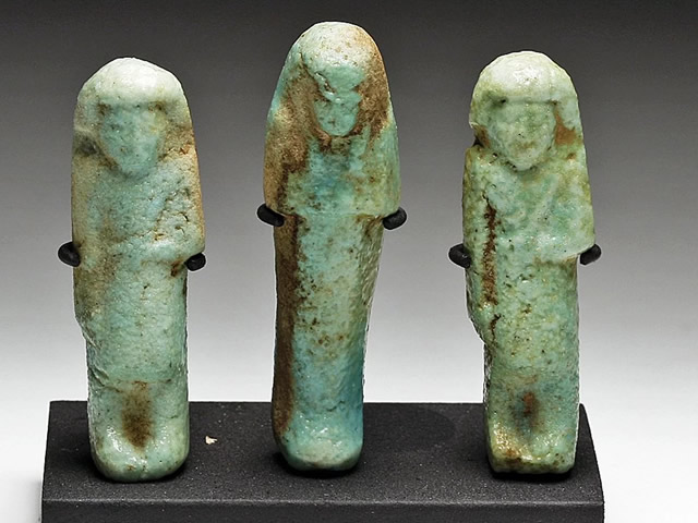Магические статуэтки из Нефрита