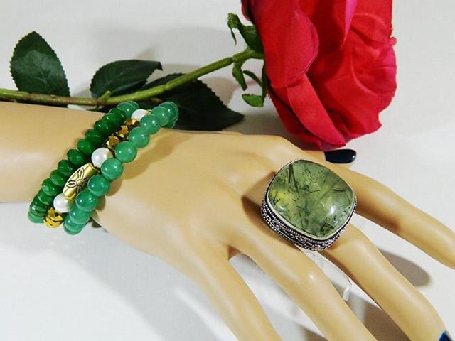 Серебряное кольцо с Пренитом