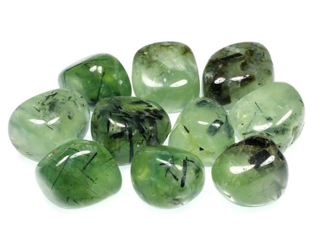 Россыпь камней Пренита