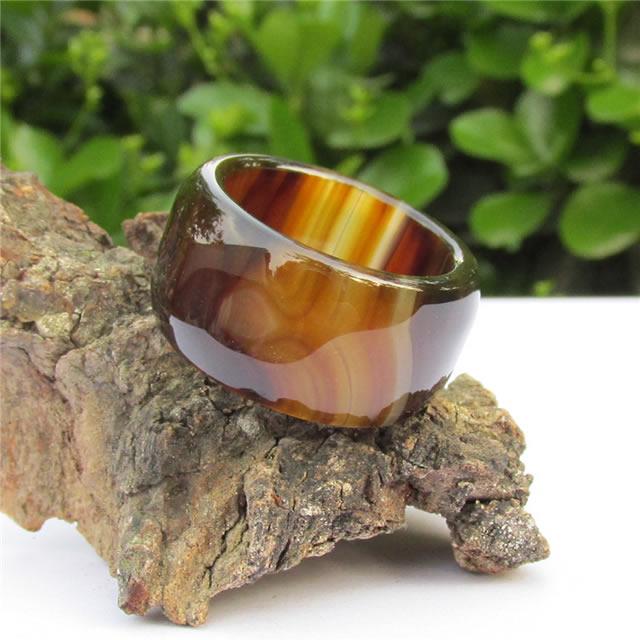 Кольцо из камня Сардоникс