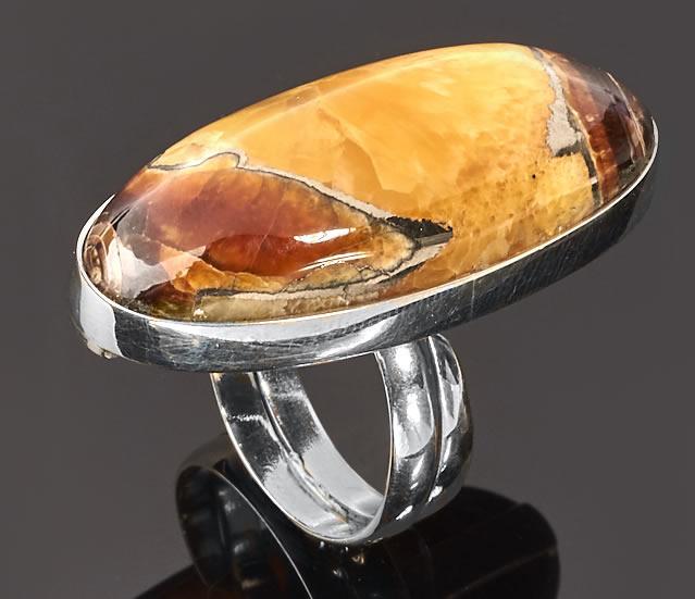 Серебряное кольцо с симбирцитом