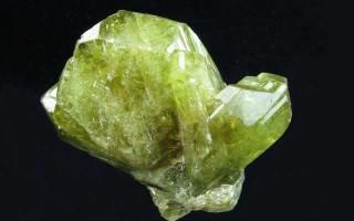 Камень таинственной силы Хризоберилл