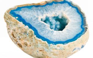 Камень Агат: талисман непобедимости