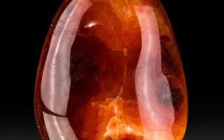 Камень Сердолик: кровавый халцедон сексуальной силы